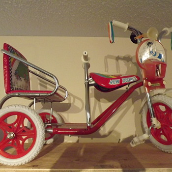 does anyone know anything about this bike? - Toys