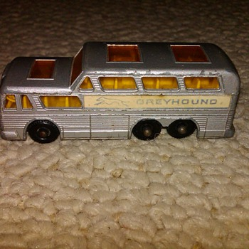 Matchbox Grayhound Coach - Model Cars