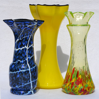 Kralik (?) small star-throated vases - Art Glass