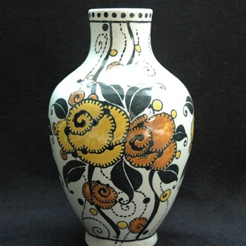 charles catteau & boch freres vase, circa 1920 - Art Deco