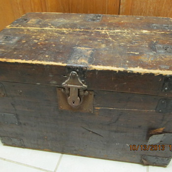 Tough Little Trunk - Furniture