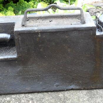 vtg motor oil holder carrier military farm equipment