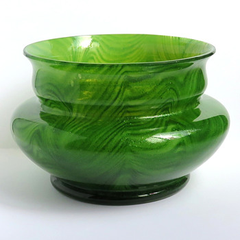 Rindskopf Pulled Feather Aventurine Bowl - Art Glass