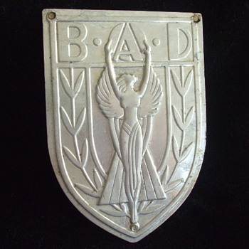 Need Help on Classic  ART DECO SHIELD B.A.D.