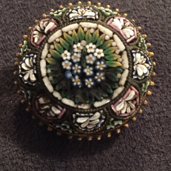 Round micro mosaic circa 1880s - Fine Jewelry
