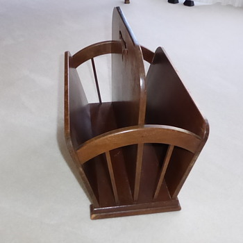 My parents magazine holder - Furniture
