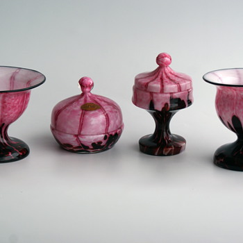 WELZ Spots and Stripes Pink and Maroon group - Art Glass