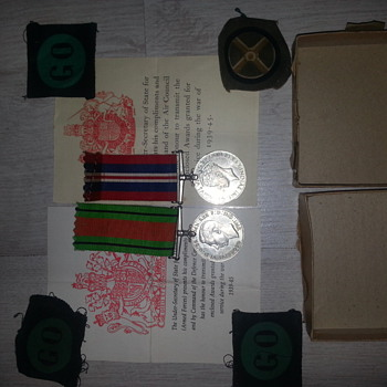 ww1 & ww2 medals - Military and Wartime