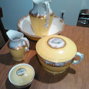 Johnson bros England semi-porcelain basin large pitcher - China and Dinnerware