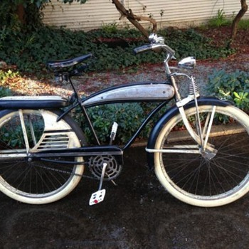 1950's J.C. Higgins Color Flow Tank Bike Men's Cruiser - Sporting Goods