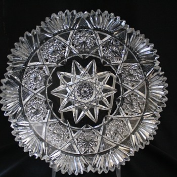 "Bergen ""White Rose"" pattern bowl - Glassware"