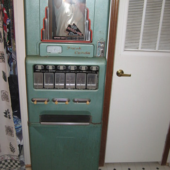 Stoner Candy Machine - Coin Operated