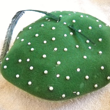 Vintage beret hat with rhinestones & faux pearls & feather
