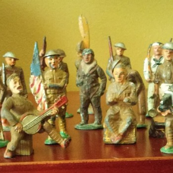 antique lead toy soldiers