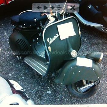 What is it exactly? Not like any VESPA Iv'e ever seen! - Motorcycles