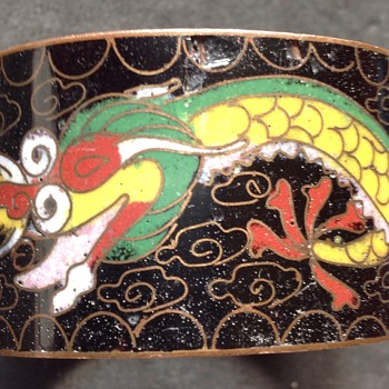 Cloisonné napkin ring - Asian