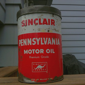 Sinclair Oil Can