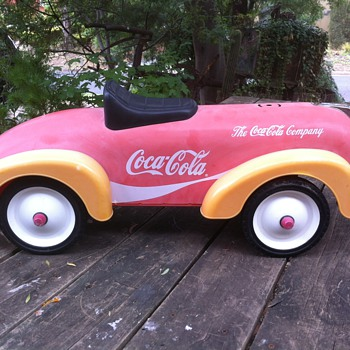 CHILDREN RIDE ON TOY CAR  -THE COCA COLA COMPANY
