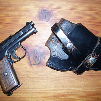 MAUSER Pocket Pistol - Military and Wartime
