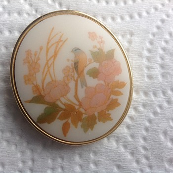 Trifari  Baltimore oriole brooch