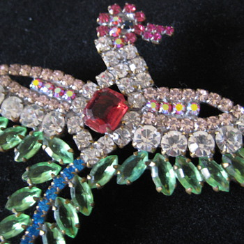 Rhinestone pins - Costume Jewelry