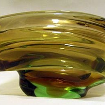 Skrdlovice 1950's Glass Bowl