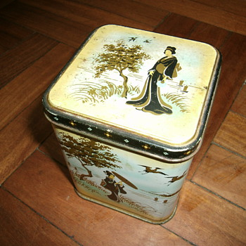 Vintage tea tin. - Advertising