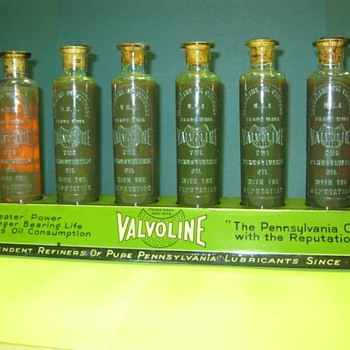 Valvoline Countertop Display