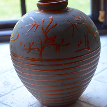 Nittsjo Pottery Artist ID and Era Please - Pottery