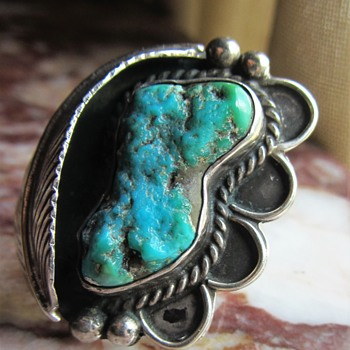 NATIVE AMERICAN STERLING SILVER MYSTERY TURQUOISE RING