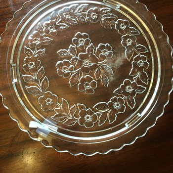 Clear, Floral design, cake plate? - Glassware