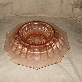 Large Pink Roled Edge Console Bowl