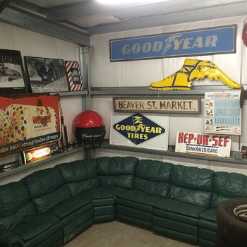 My new lounge area in the man cave