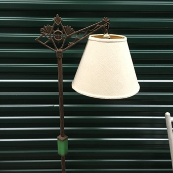 Iron Green Stone Lamp