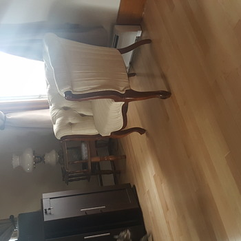 White tufted barrel chair