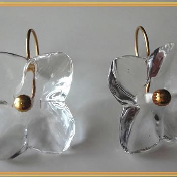 Vintage Baccarat 18K Flower Earrings - Costume Jewelry