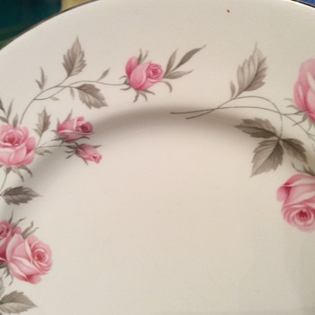 Snowhite Johnson Bros Cs 95-62 Rhapsody - China and Dinnerware