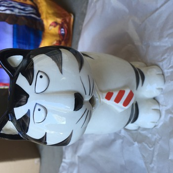 Kliban Cat  Creamer Takahashi hand painted