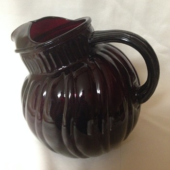 Anchor Hocking Tilt Ball Jug - Glassware