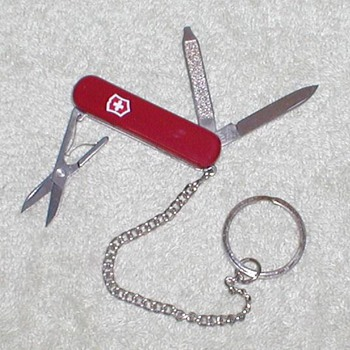 2001 Victorinox Penknife / Keychain - Tools and Hardware
