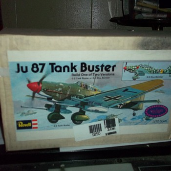 1/72 SCALE AIRPLANE MODEL KIT