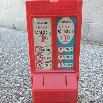 Chiclets Dispenser/Savings Bank.  Hasbro. - Advertising