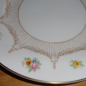 unidentified Noritake pattern