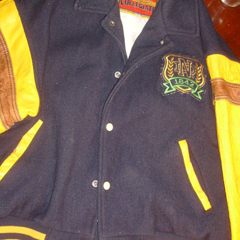 Vintage Notre Dame Coat Copper Collegiate ????Year??? - Football