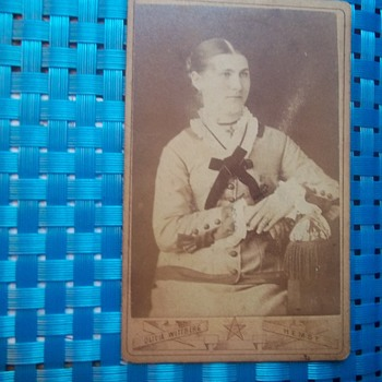 CDV SWEDISH LADY PHOTOGRAPHER, HER INFO ON BOTTOM & BACK WITH SMALL CAMERA - Photographs