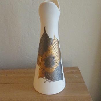 Sascha Brastoff Vase