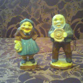 Old Couple Figurines - Art Pottery
