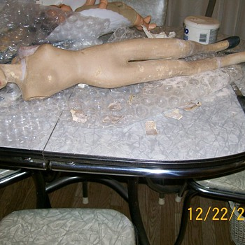 1940's Mannequin restore in progress update !
