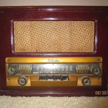 1949 Antique Silvertone 8052 Sears Roebuck & Co. Tube Wood Radio