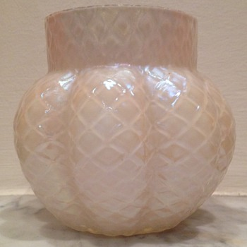 "Quilted mother of pearl lobed urn with ""star-cut"" base"